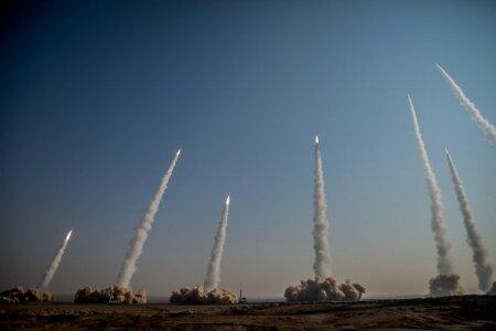 سلسله رزمایش های نیروهای مسلح؛ نشان از قدرت بازدارندگی تهاجمی ایران دارد